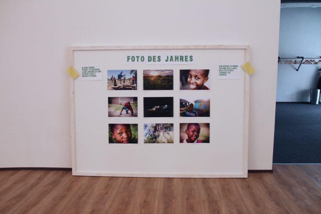 Weisse Tafel mit 9 Fotos aus Kenia